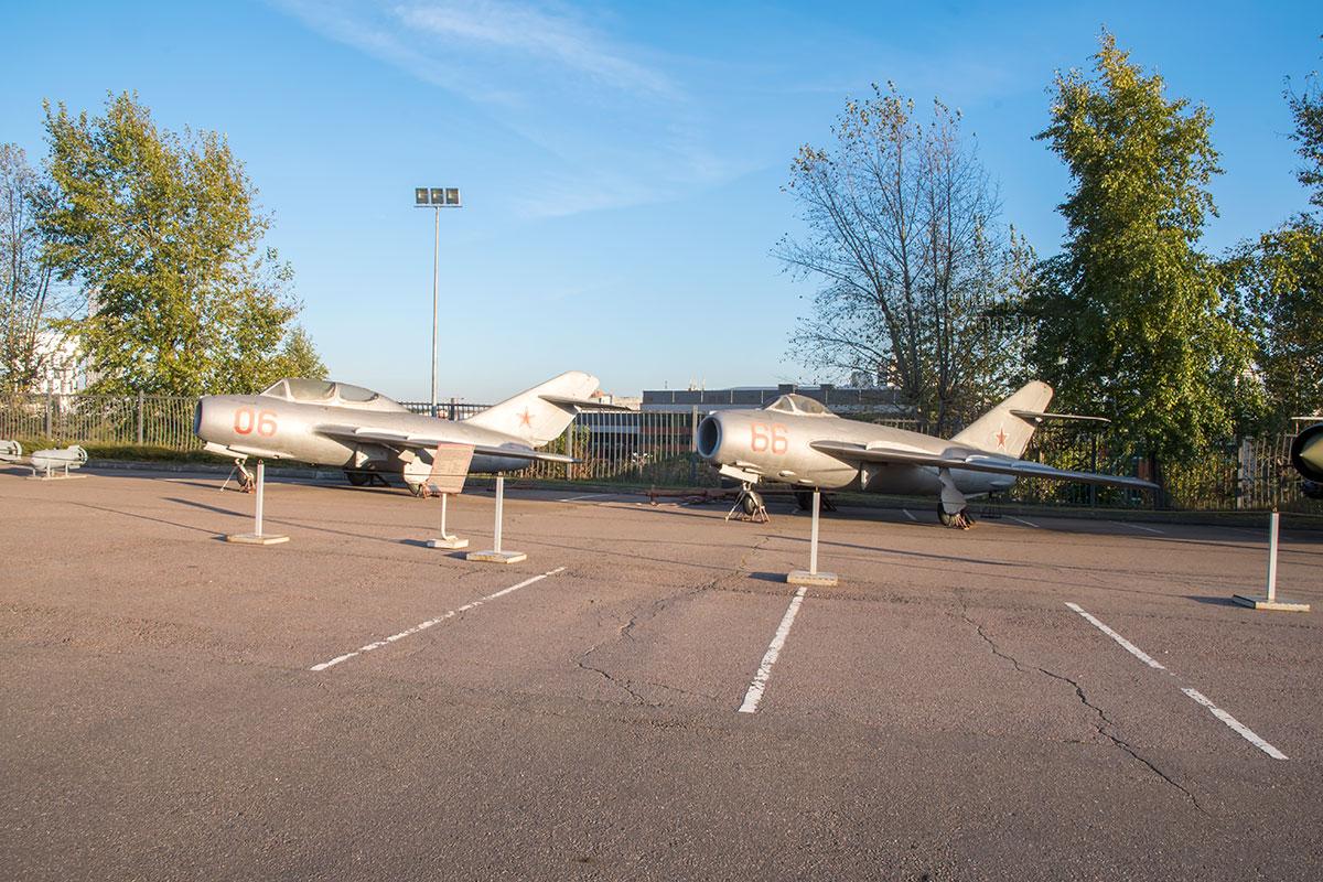 Более чем наполовину экспозиция вооружения и военной техники локальных войн состоит из экспонатов авиационной отрасли.