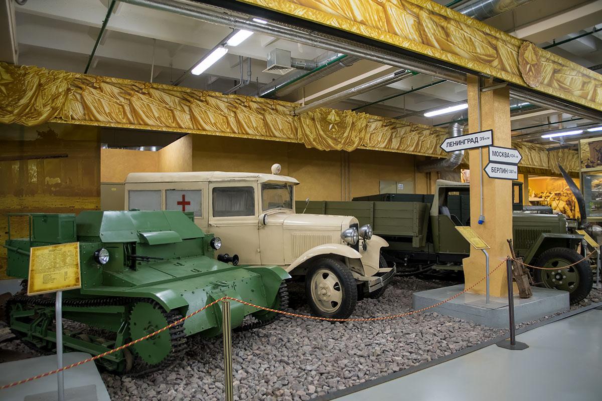 Санитарный автобус ГАЗ-55, о котором напомнил Леонид Гайдай в фильме Кавказская пленница, вполне обоснованно причислен к моторам войны.