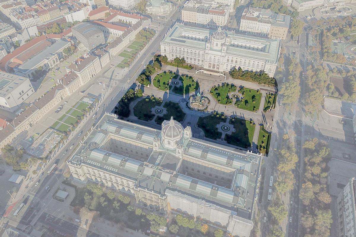 Выделенный прямоугольник демонстрирует территорию, которую занимает площадь Марии Терезии между музейными зданиями и городскими магистралями.