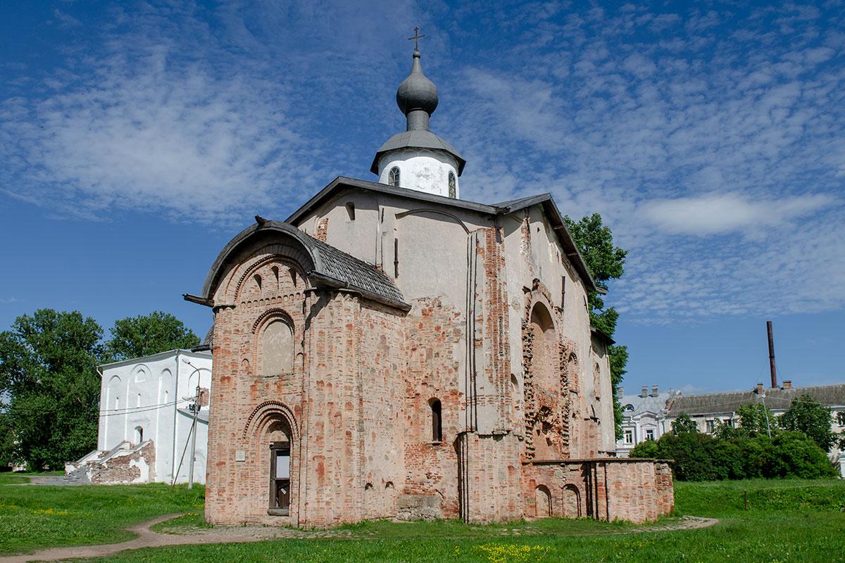 cerkov-paraskevy-pyatnitsy-countryscanner-1.jpg