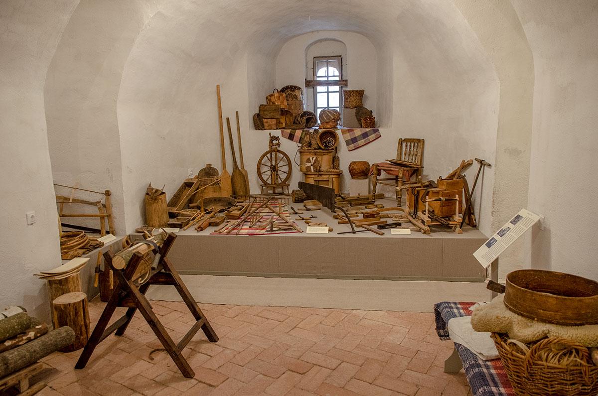 Древесина во всех областях ее применения – один из центральных объектов экспозиции в церкви Жен Мироносиц в Великом Новгороде.