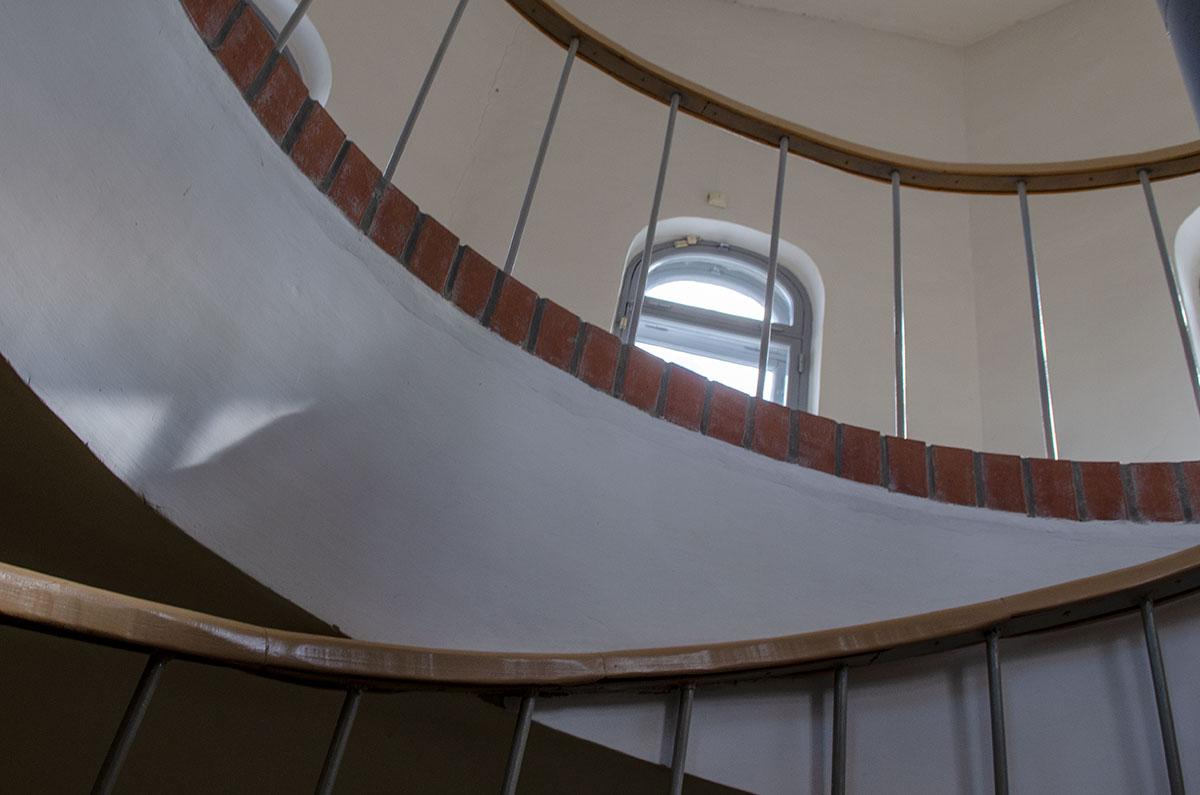 Верхний ярус Воротной башни Гостиного двора является смотровой площадкой, позволяющей осмотреть окрестности во всех направлениях.