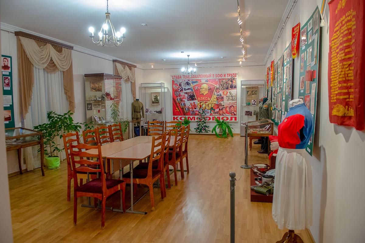 По временным рамкам своей экспозиции музей Ульянова гораздо обширнее, чем был жизненный путь его заглавного персонажа.