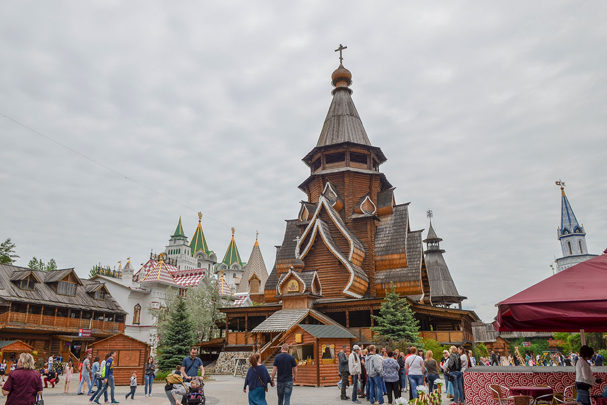 Действующий храм Святителя Николая в Измайловском Кремле приписан к Даниловскому монастырю, резиденции учреждений РПЦ.