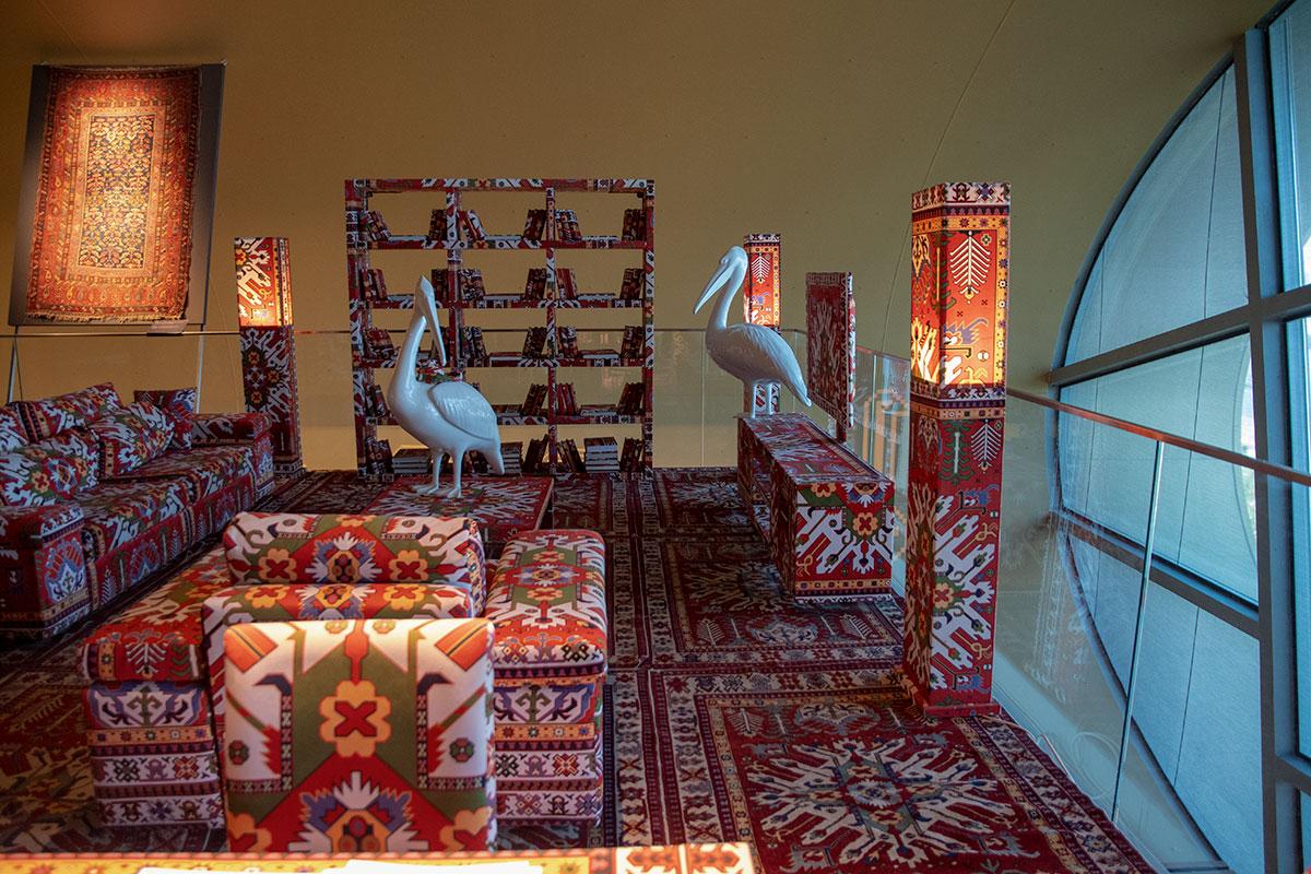 Фантазийная ковровая комната – интересная находка, завершающая музей ковра в Баку.