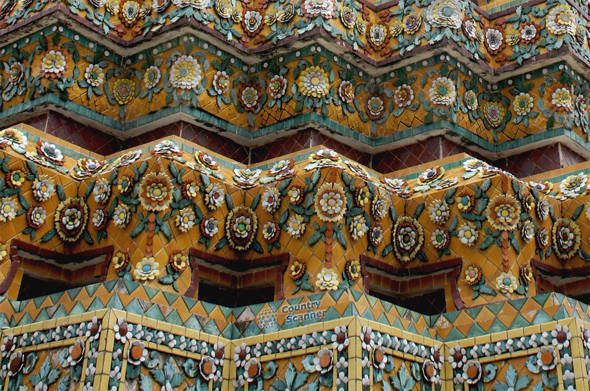 Крупный план орнаментов храма Ват Пхо