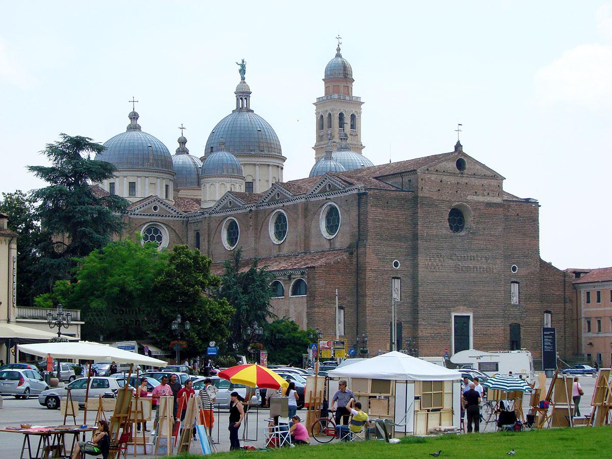 Аббатство Санта Джустина (Abbazia di Santa Giustina)