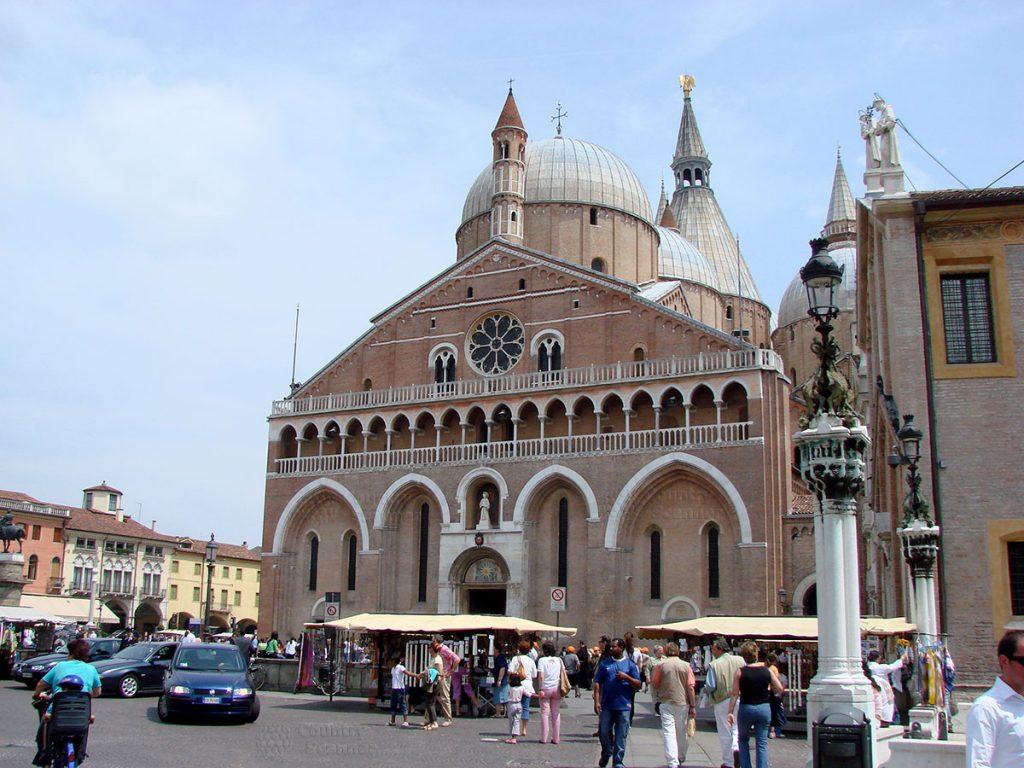 basilica-di-sant-antonio-countryscanner-1-1024x768.jpg