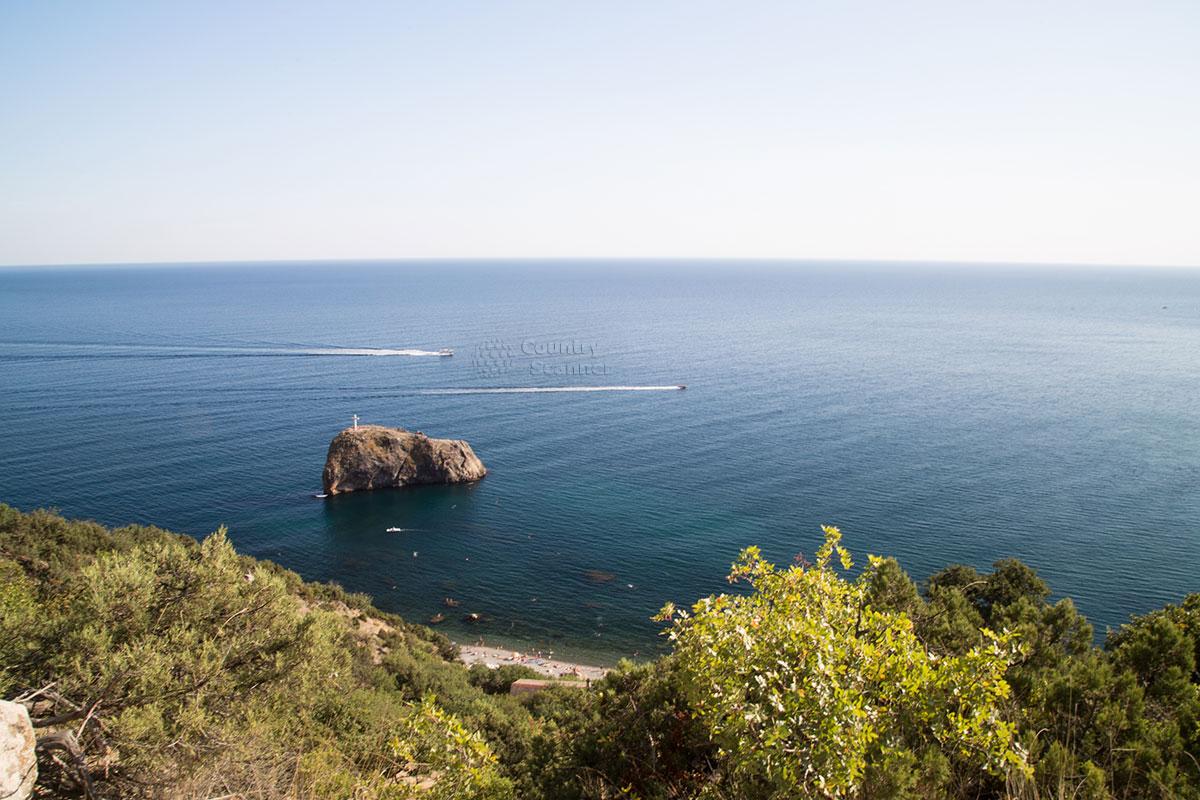 Живописная панорама, открывающаяся с мыса Фиолент.
