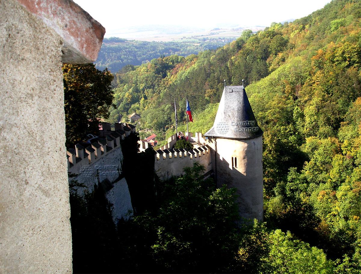 Замок Карлштейн вид на башню