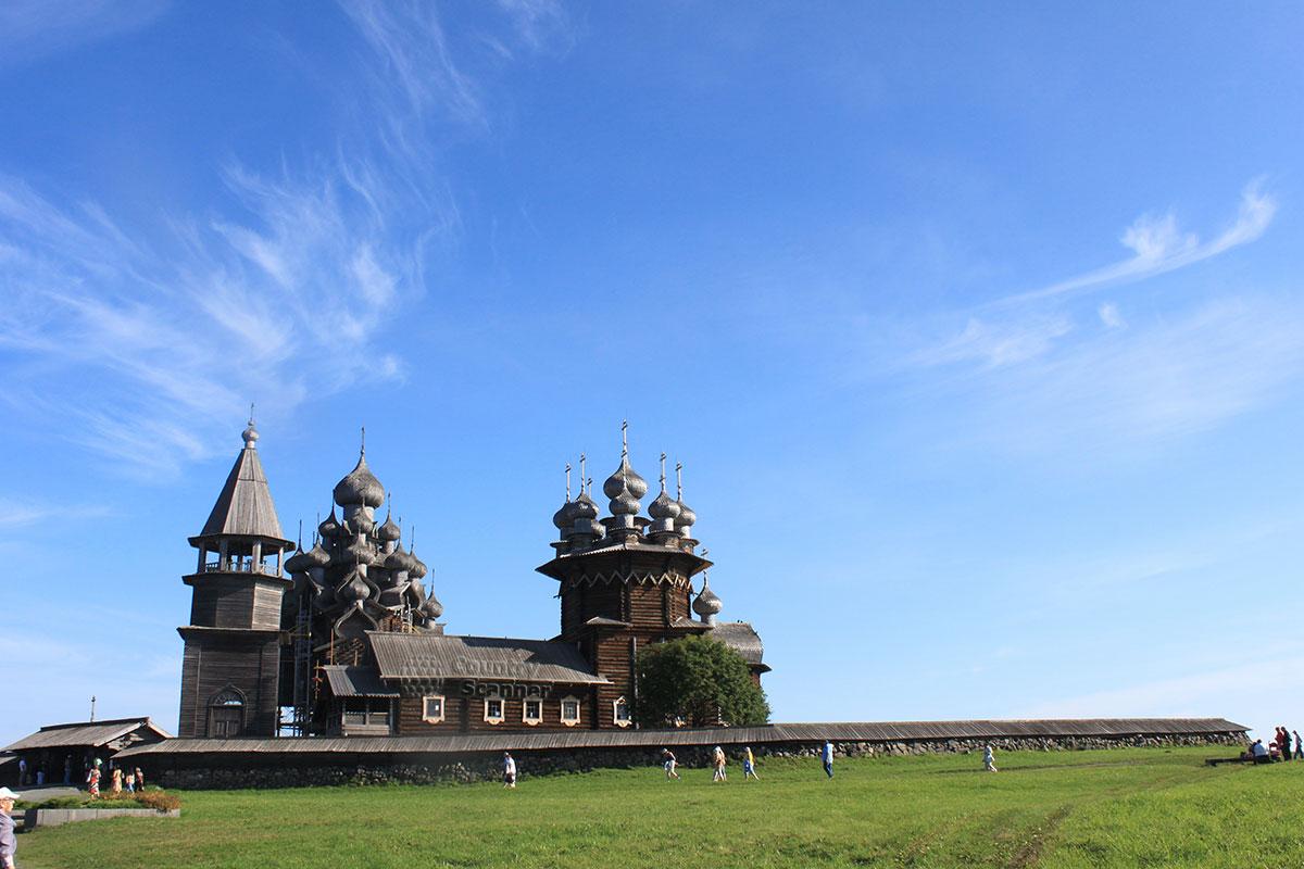 Преображенский храм в музее-заповеднике Кижи