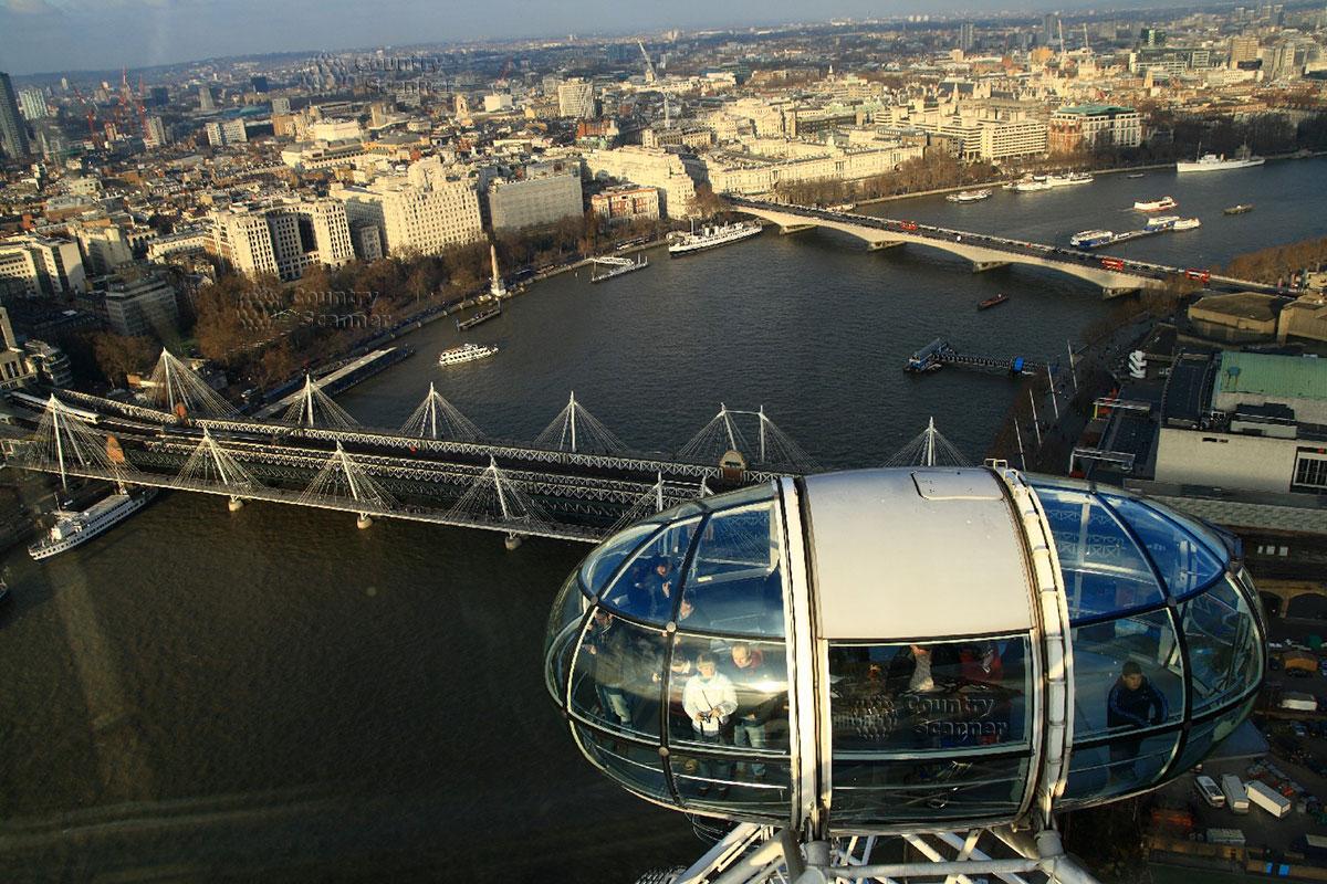Вид из кабины колеса обозрения Лондонского глаза
