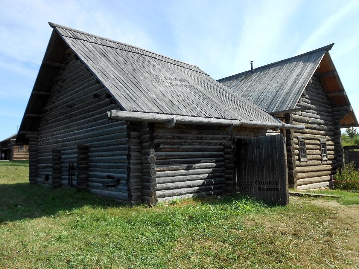 Архитектурно-этнографический музей Хохловка. Изба