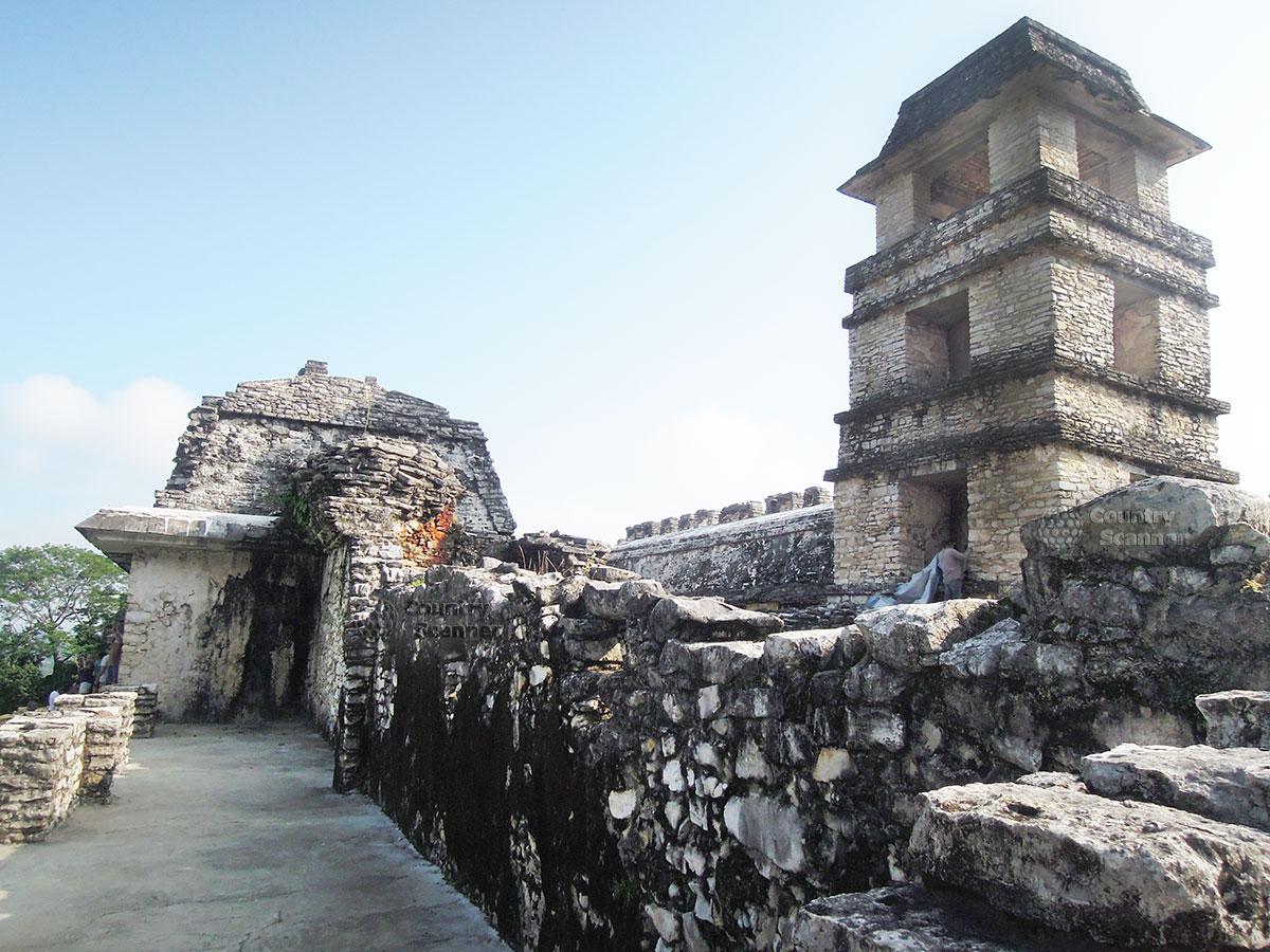 Руины Паленке в Мексике. Храм красной королевы