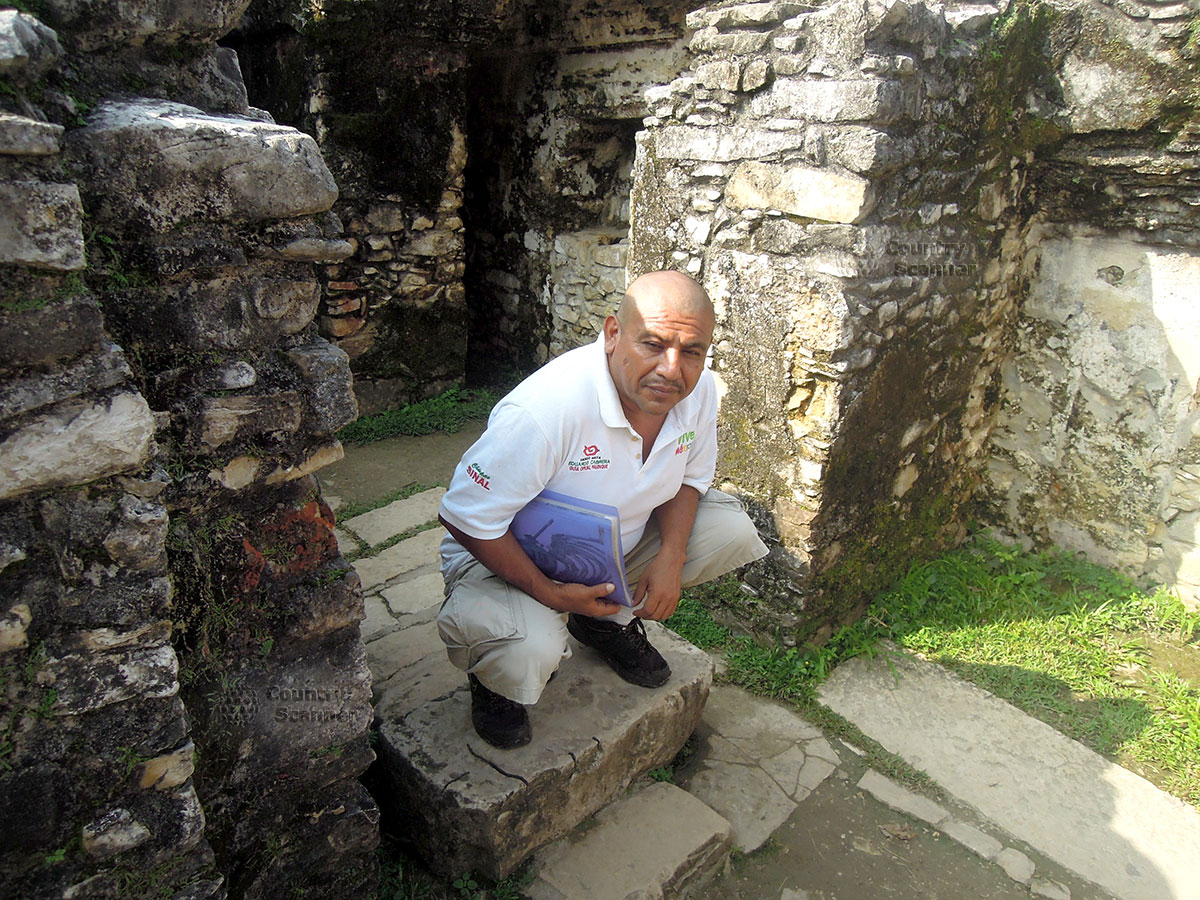 Руины Паленке в Мексике. Экскурсовод