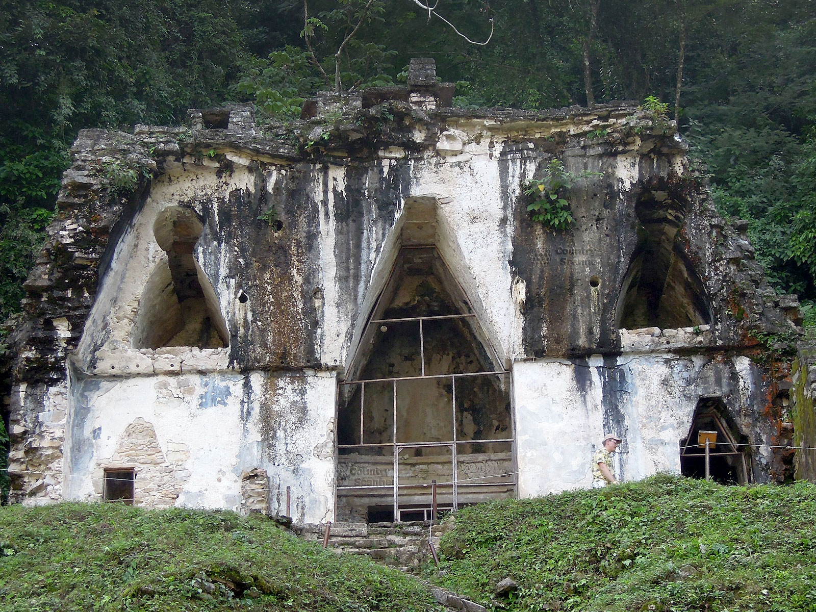 Руины Паленке в Мексике. Храм вблизи