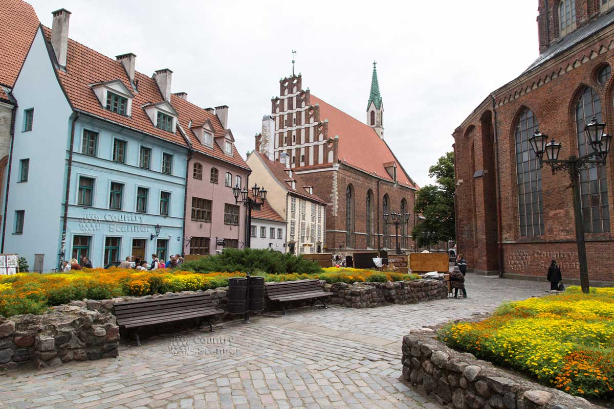 riga_old_town_countryscanner_ru