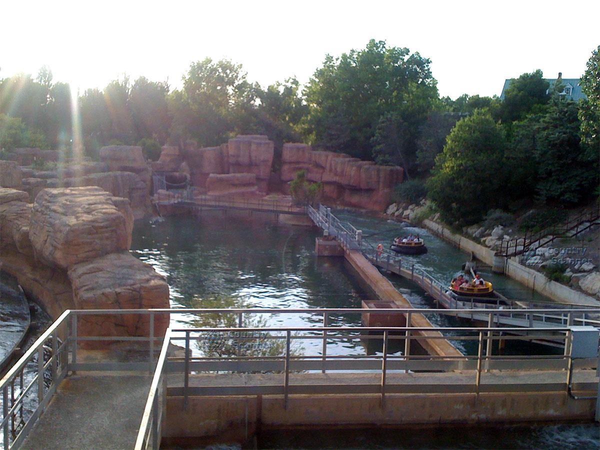Водные аттракционы в парке развлечений Порт Авентура