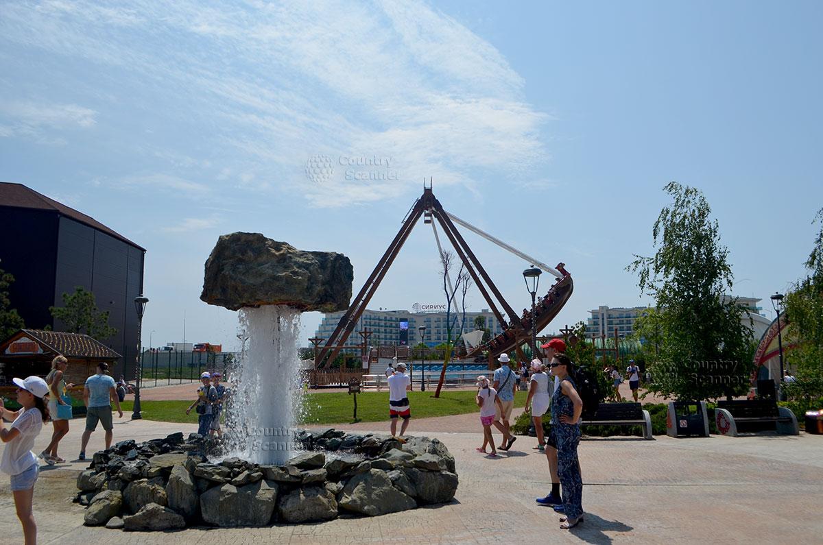 """Сочи парк. Фонтан """"волшебный камень"""""""