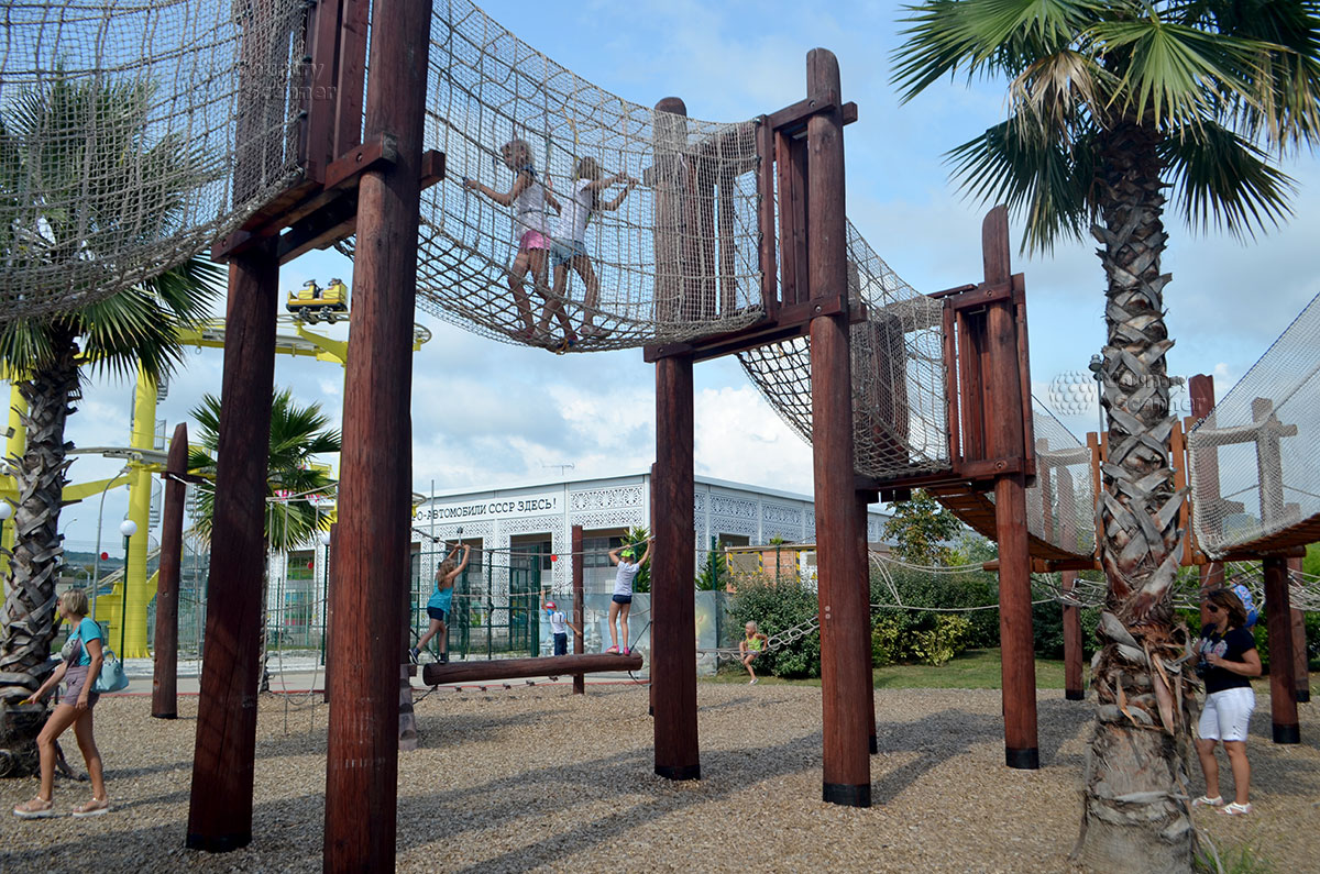 Сочи парк. Веревочный городок.