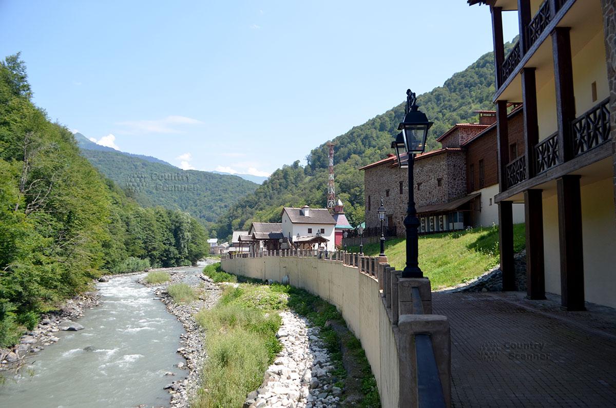 splav-po-reke-mzymta-countryscanner-3