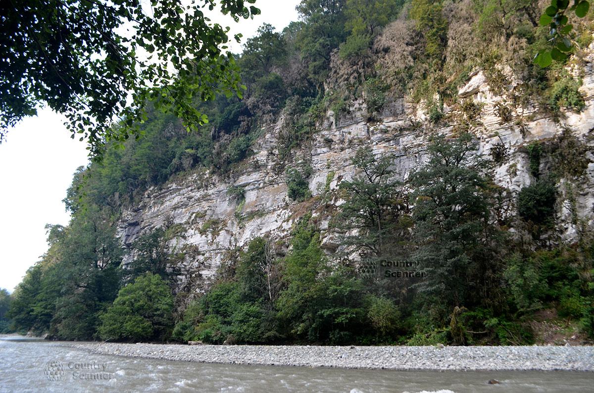 splav-po-reke-mzymta-countryscanner-5
