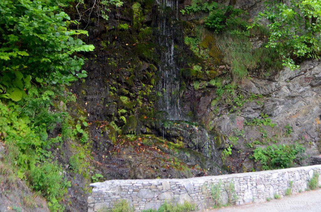 vodopad-devichii-slezy-countryscanner-1-1024x678.jpg